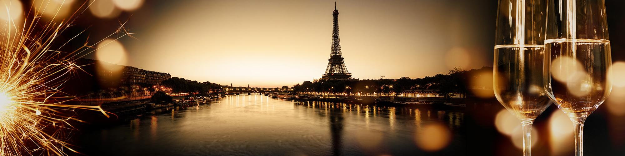 New Year's dinner cruise in Paris